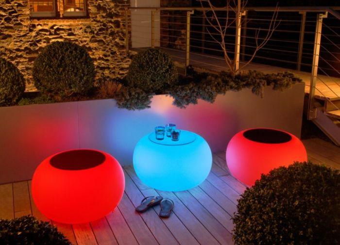 Светящаяся мебель для террасы