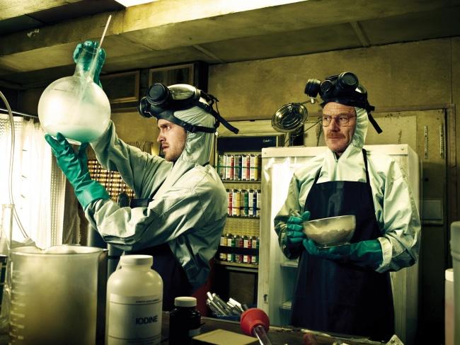 — Как часто можно шутить о химии? — Периодически.