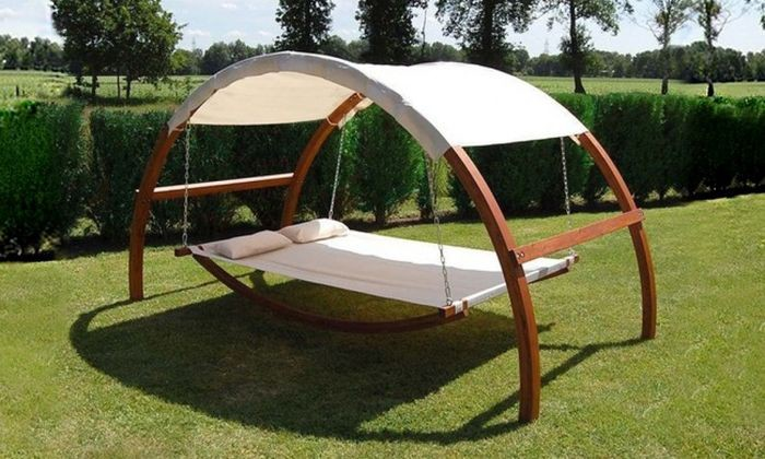 Качели-кровать с навесом