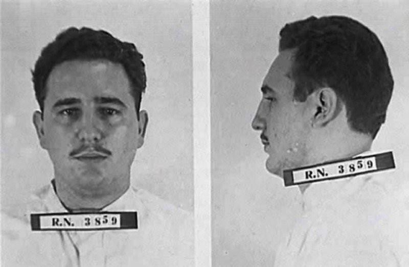 Фидель Кастро без бороды, в период тюремного заключения 1953-55 годы.
