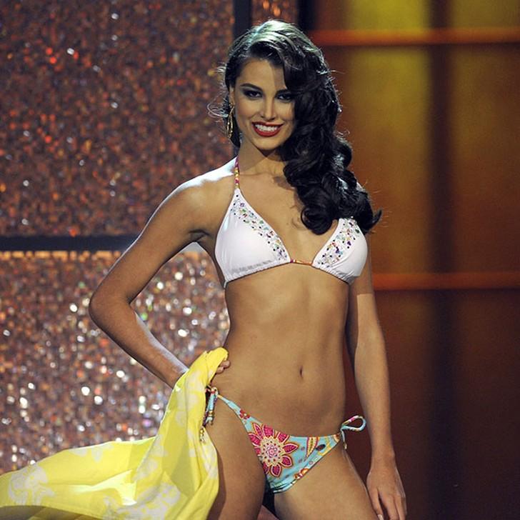 Стефания Фернандес, Венесуэла. «Мисс Вселенная — 2009». 19 лет, рост 178 см, параметры фигуры 90−58−90.