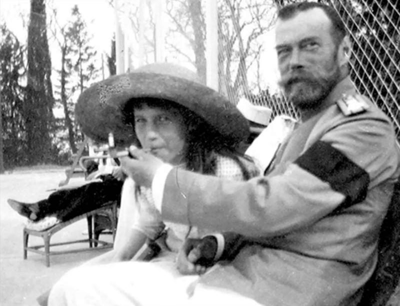 Снимки из последнего года жизни семьи Романовых