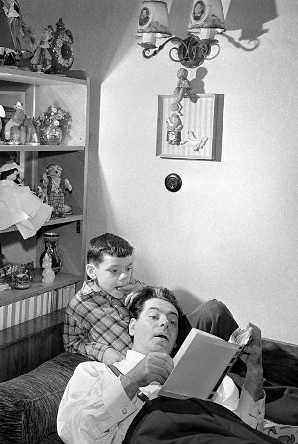 Аркадий Райкин с сыном Константином. 1957 год