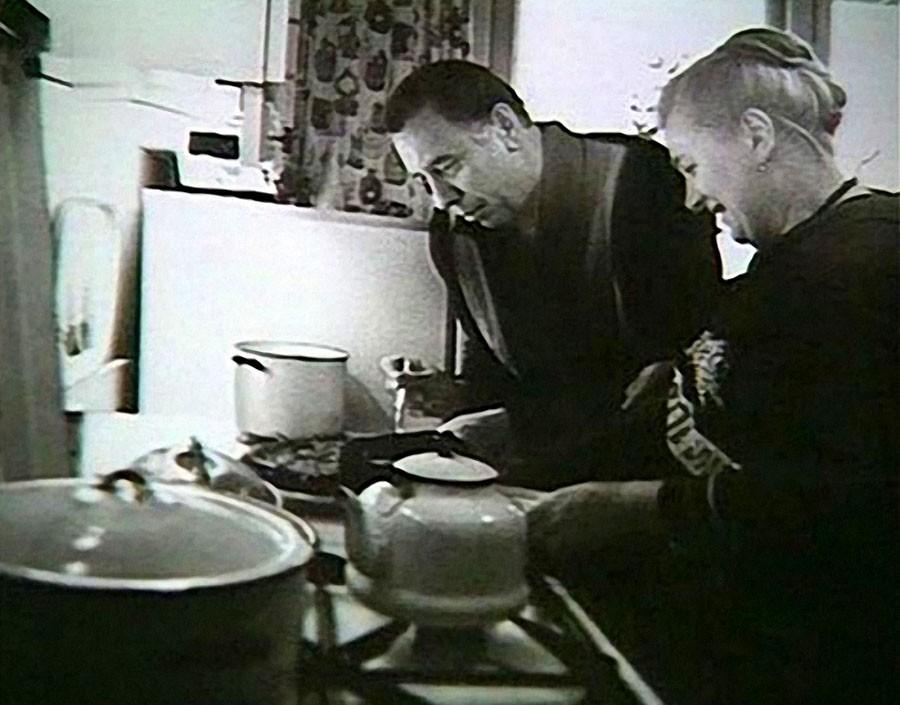 Анатолий Папанов с супругой