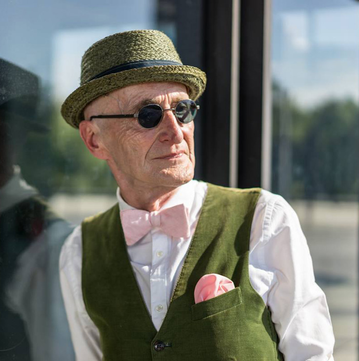 elderly-man-hipster-style-berlin-18