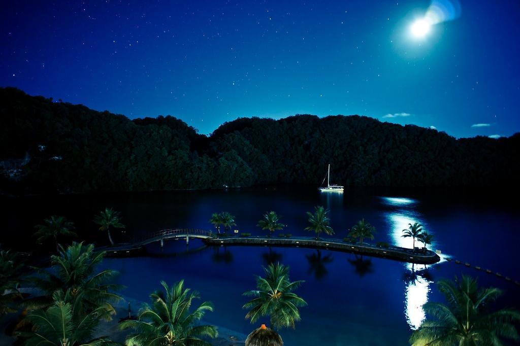 Республика Палау состоит из 328 островов — это самая западная группа островов Каролинского архипелага в Тихом океане. Численность населения всего 20,9 тысяч человек. В прошлом году Палау посетило 105 тысяч туристов.