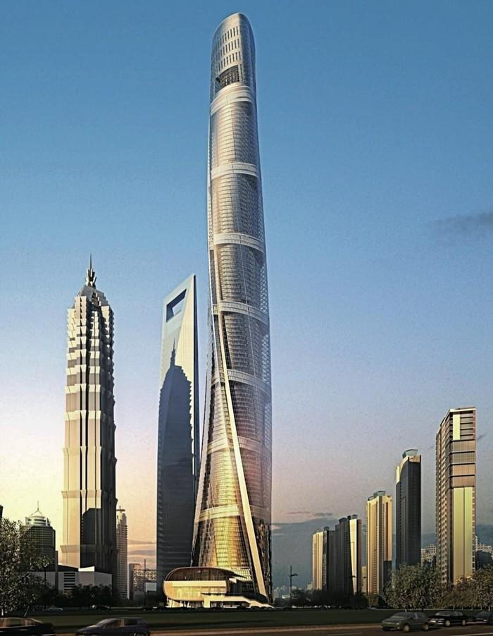 Строительство 121-этажной Шанхайской башни в Китае, стоящей 4,2 млрд долларов, начатое в 1993 году, завершилось в начале этого года, и теперь ведутся отделочные работы. Сейчас это второе по высоте здание в мире, но официальное открытие будет в 2015 году. Тем не менее миллионы людей уже видели картину, открывающуюся сверху, благодаря головокружительным снимкам и видео, сделанным двумя российскими смельчаками, незаконно взобравшимися на вершину в прошлом году, и ставшими вирусными в интернете. Многофункциональный небоскреб состоит из девяти различных вертикальных зон и окружен слоем прозрачного стеклянного покрытия для защиты от погодных условий и обеспечения естественной вентиляции.