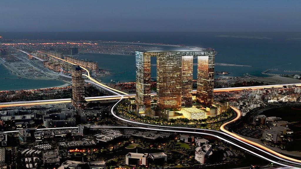Между проектированием искусственных островов в форме частей света, крупнейшего торгового центра, известного человеку, и, конечно, самого высокого здания в мире кто-то решил, что в Дубае должно быть роскошное здание, похожее на обычный жилой дом, зловеще расставивший ноги. Строительство 73-этажного «Дубай Перл» с видом на Персидский залив стартовало в 2009 году и должно быть завершено в 2016-м. В планируемом «внутреннем городе» будут четыре башни, соединенные небесным мостом, и премиум-театр на 1800 мест, в котором будет проводиться Дубайский международный кинофестиваль.