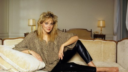 Откровенно прекрасная Шерон Стоун в конце 80-х