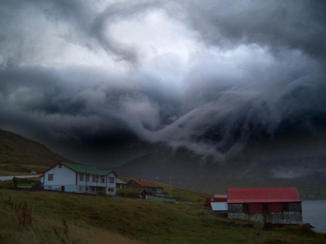 Буря на Фарерских островах