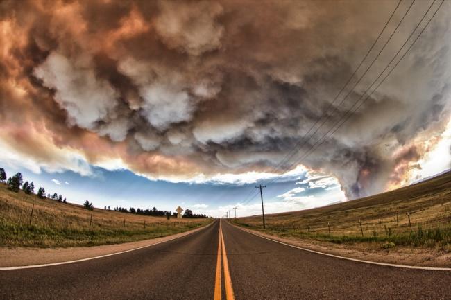 Облака над Колорадо Спрингс, штат Колорадо, США