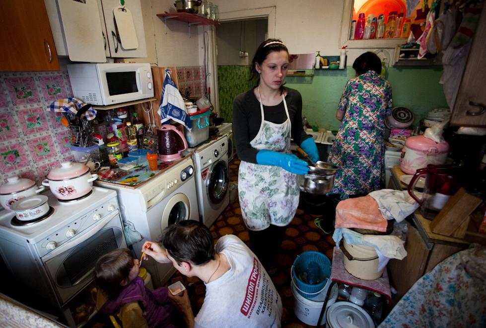 Суровые условия жизни в коммунальных квартирах
