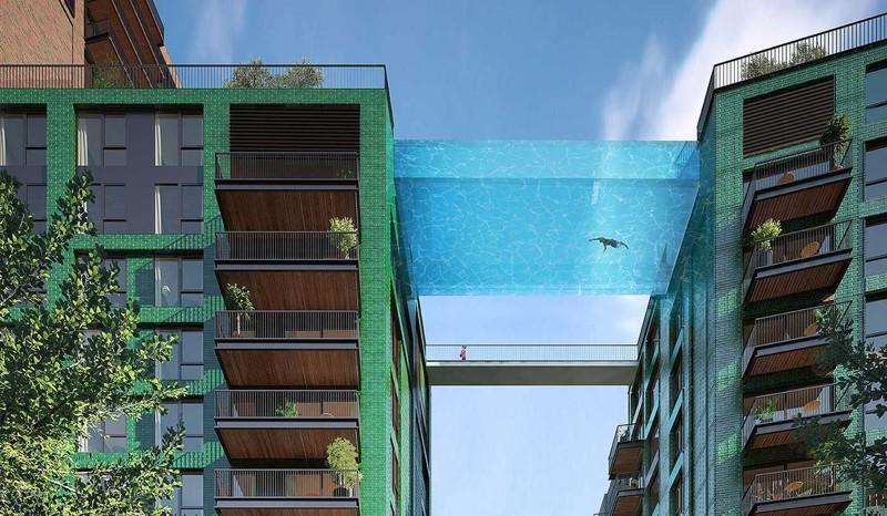 Проект стеклянного бассейна между двумя зданиями в Лондоне. Бассейн будет построен в первой половине 2017 года.