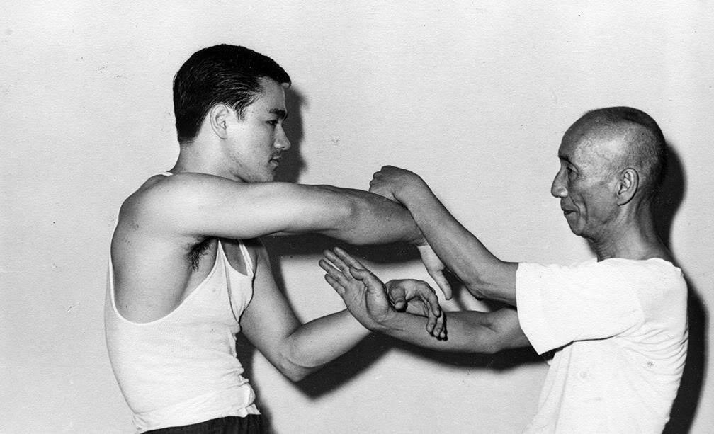 Брюс Ли и Ип Ман, 1955 год.