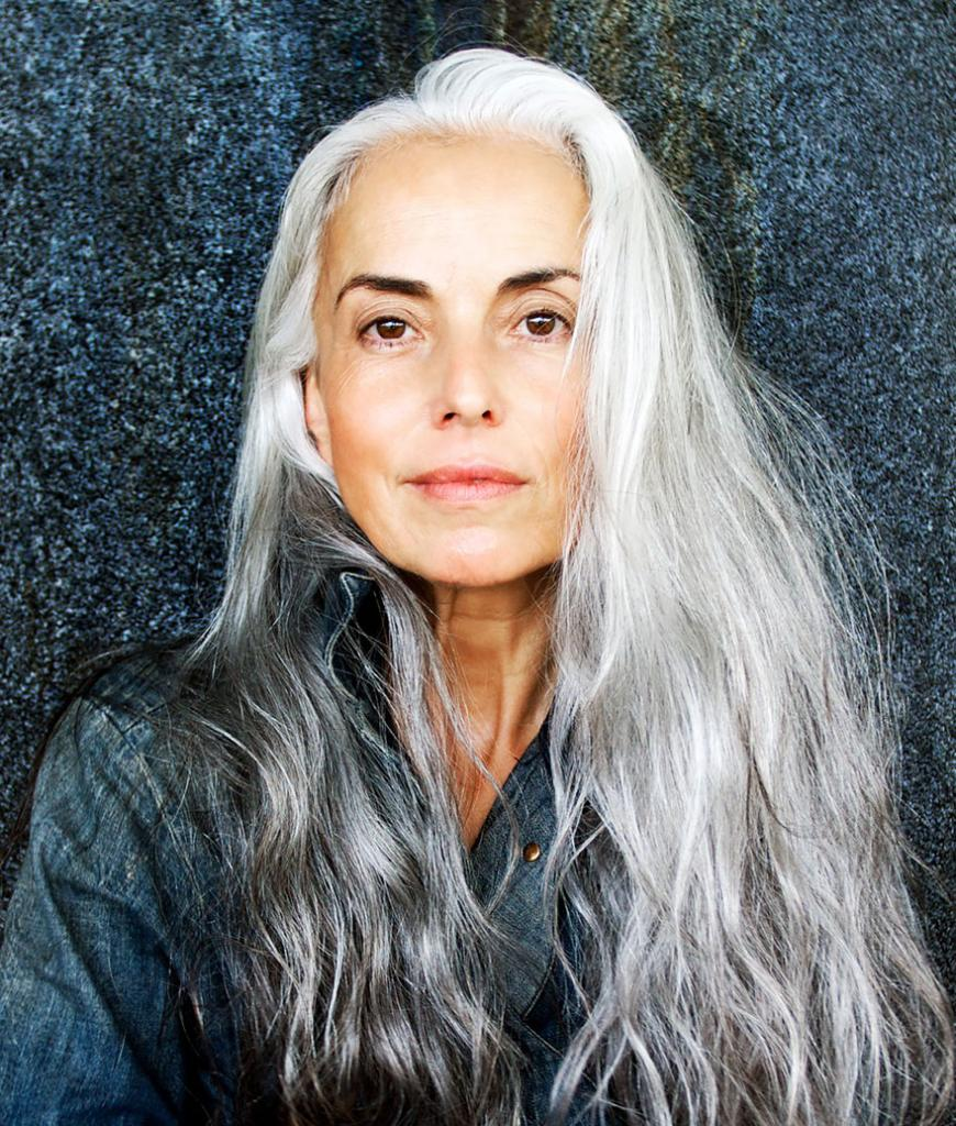 59-years-old-grandma-fashion-model-yasmina-rossi-12__880
