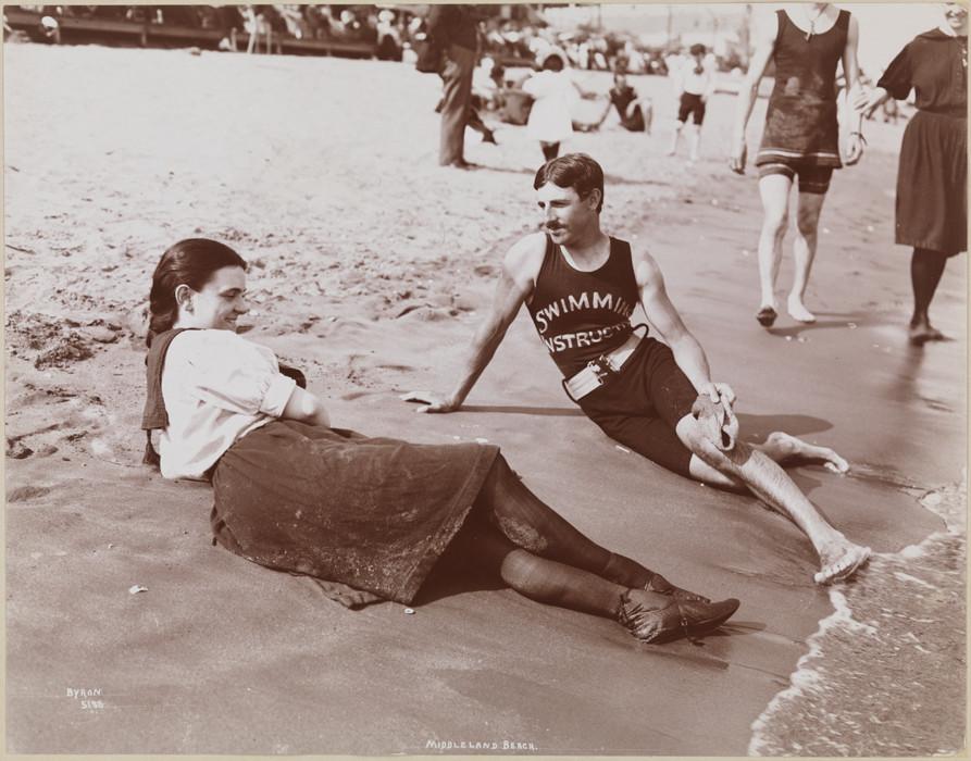 Никола Тесла - инструктор по плаванию. Нью-Йорк. 1900 год.