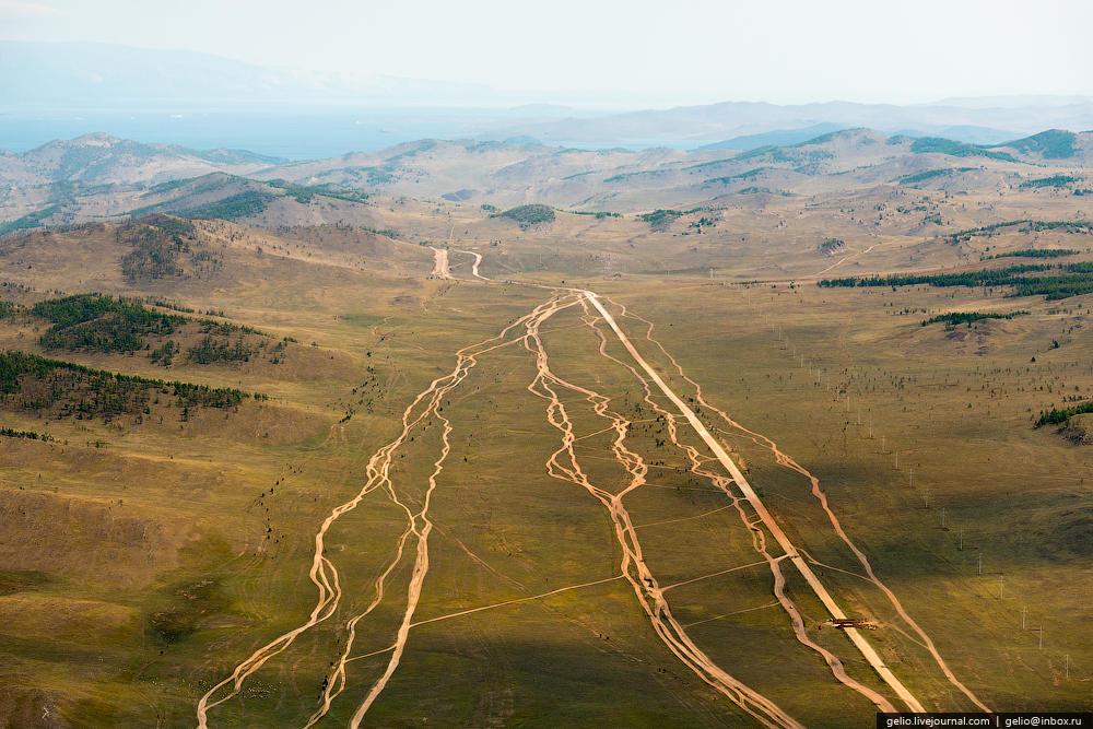 От Ольхона до Иркутска примерно 300 км.