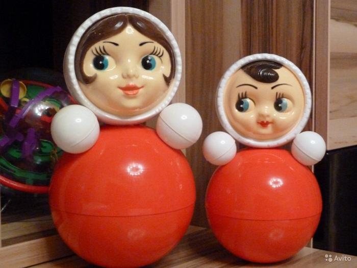 Советские игрушки. Неваляшка (Ванька-встанька).