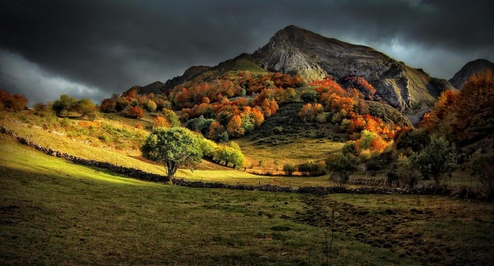 Астурия, Испания