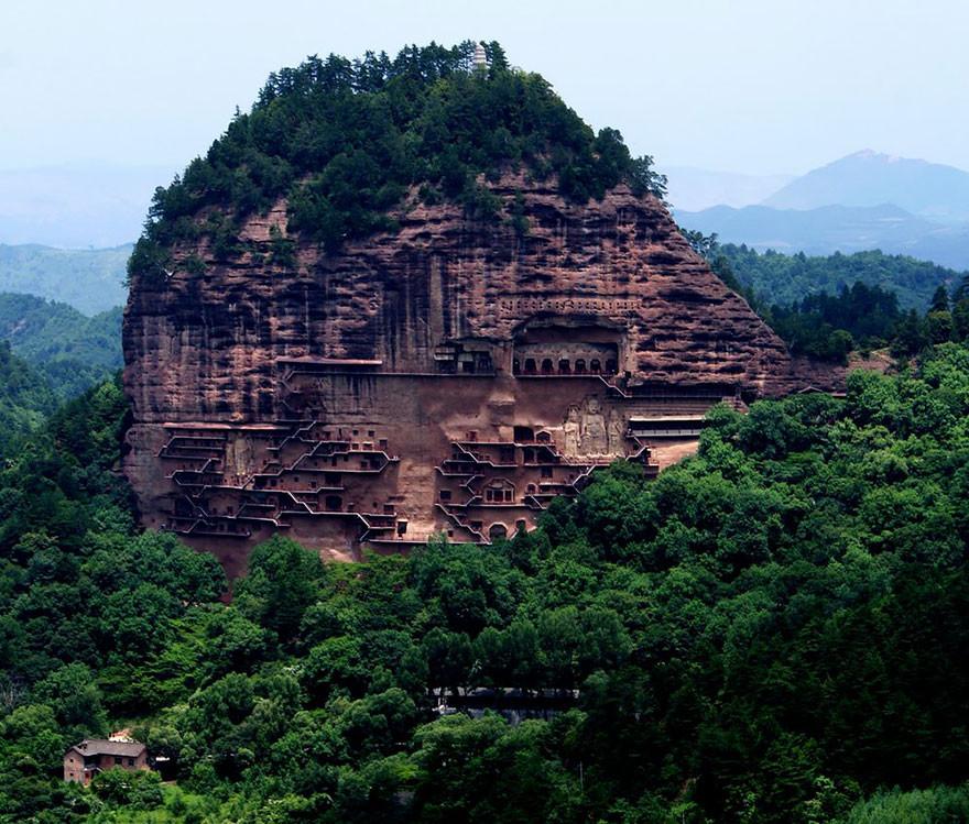 Монастырь Майцзишань