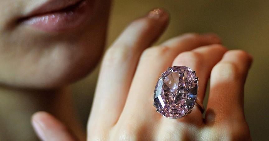 10 самых дорогих бриллиантов, проданных с аукциона