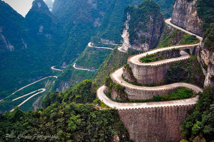 Дорога к горе Тяньмэнь
