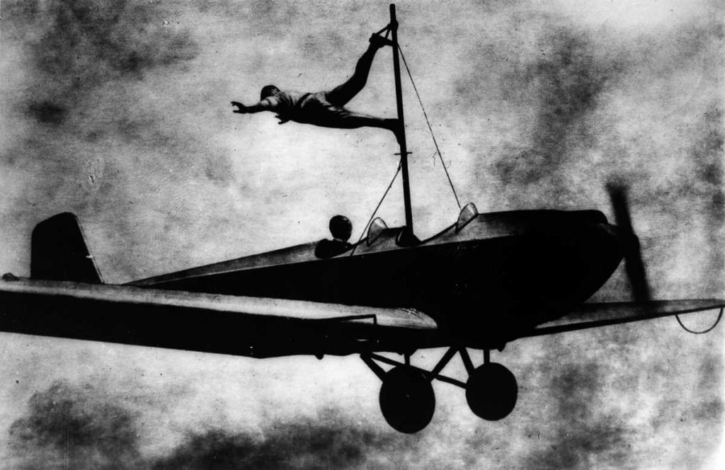 1919 год. Ричард Шиндлер показывает трюк.