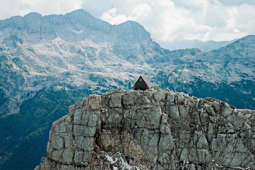 Хижина Luka Vuerich hut, Юлийские Альпы (Италия, Словения)
