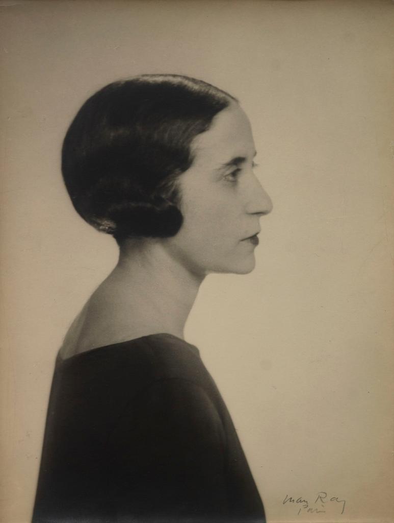 Портрет Валентины Гюго, 1947 год. Фотограф Ман Рэй.