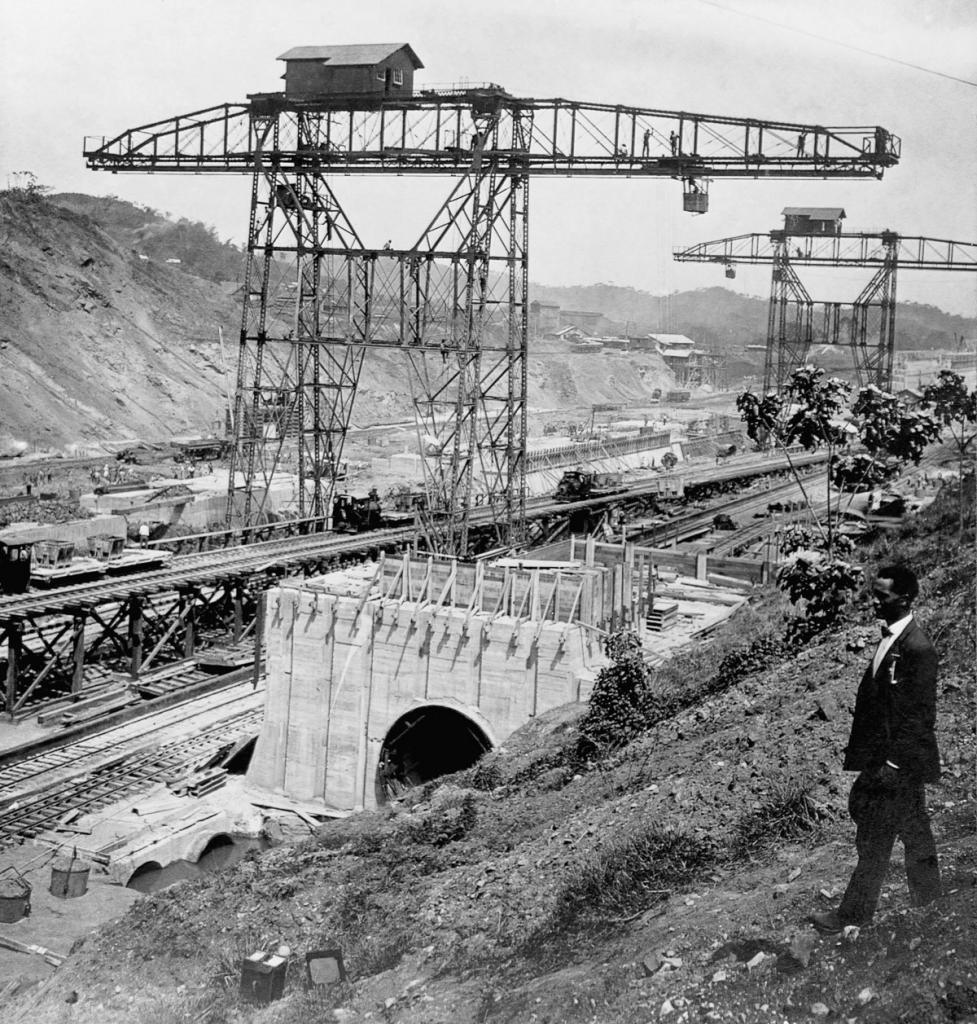 Pedro Miguel Locks Under Construction
