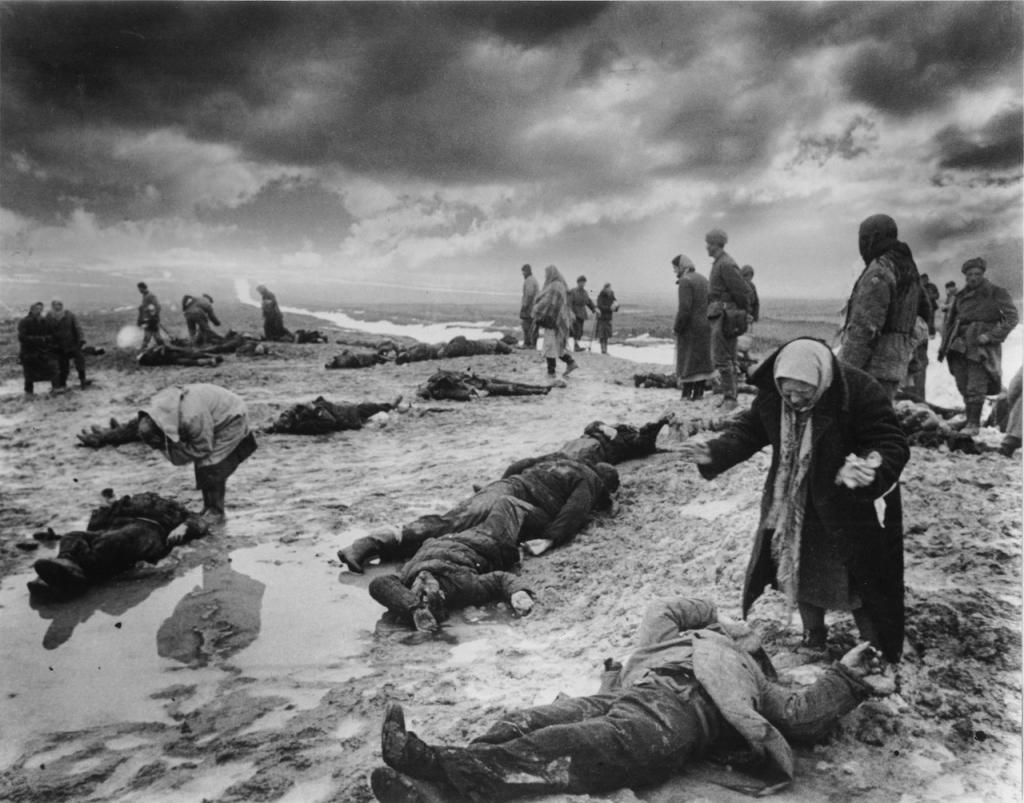 Поиск родственников среди погибших, Крым, 1942 г.
