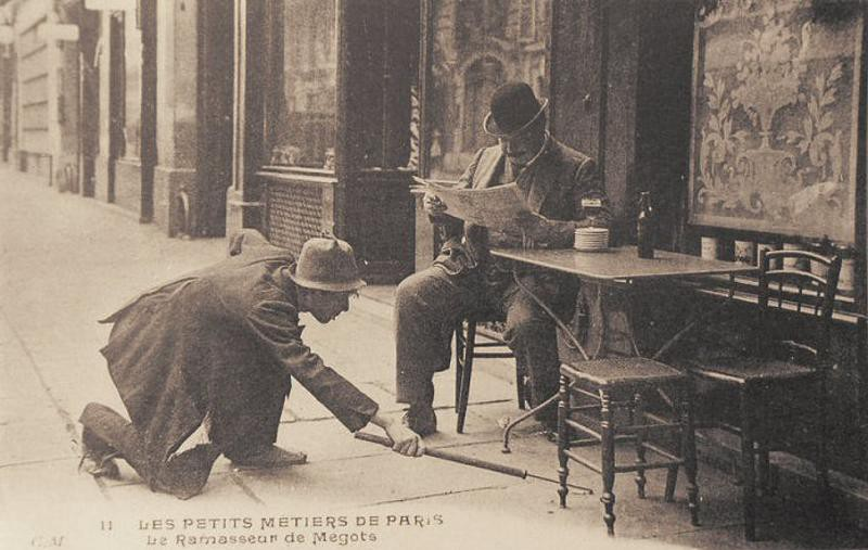 Собиратель окурков. Париж, 1900-е.