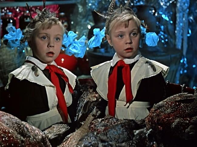 10 старых добрых фильмов, которые стоит посмотреть с детьми прямо сейчас!