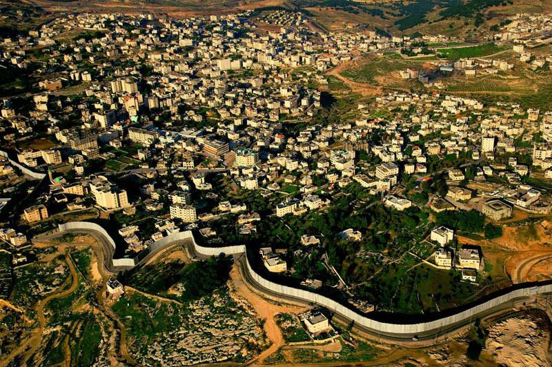 25. Разделительная стена на Западном берегу