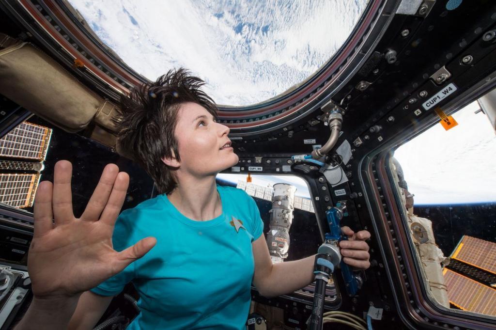 2. Саманта Кристофоретти на МКС, 28 февраля 2015 года