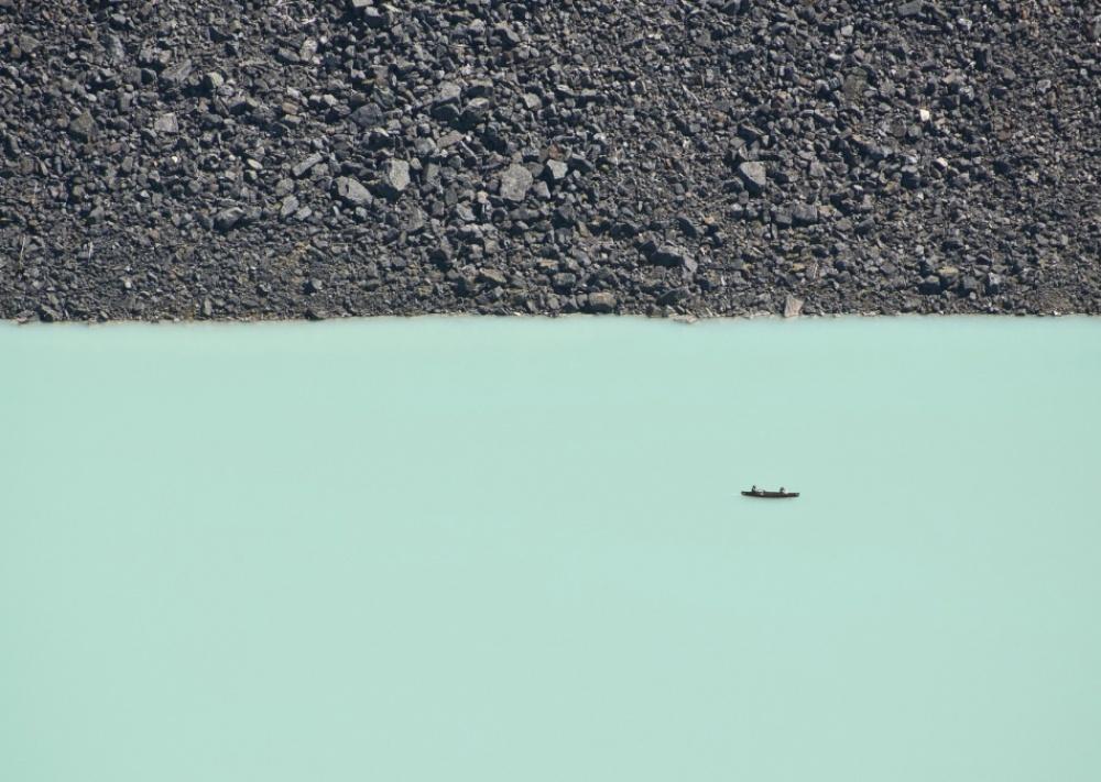 Ледниковое озеро в национальном парке Банф в Канаде