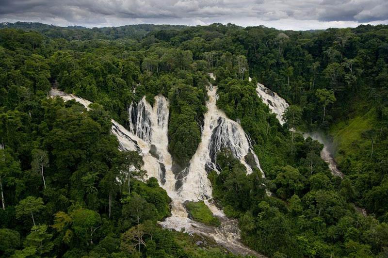 3. Водопады Djidji, Национальный парк Ивиндо, Габон