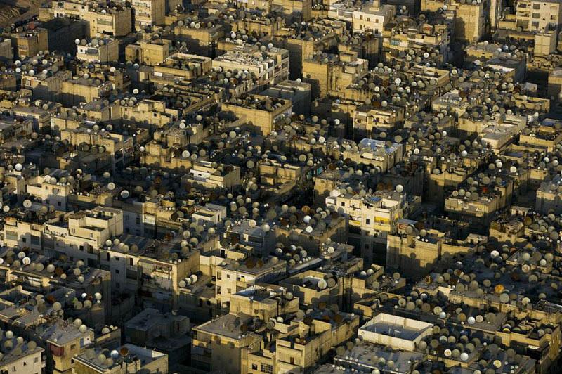 8. Спутниковые антенны на крышах Алеппо, Сирия
