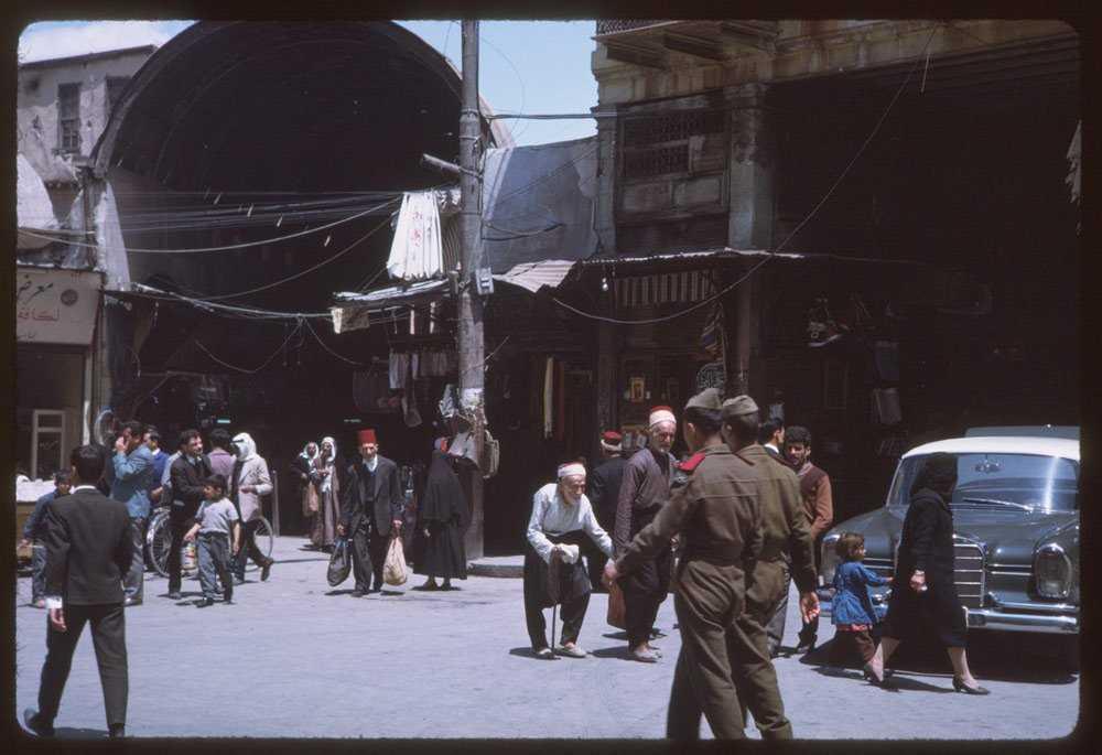 50 лет назад в Сирии тоже был период нестабильности. За два года до того, как Кушман в 1965 году посетил Дамаск, в стране произошел военный переворот, в результате которого к власти пришла Партия арабского социалистического возрождения «Баас».