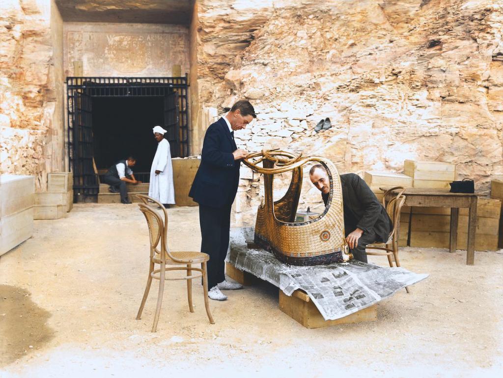 Otkrytie-grobnitsy-Tutanhamona-foto_13