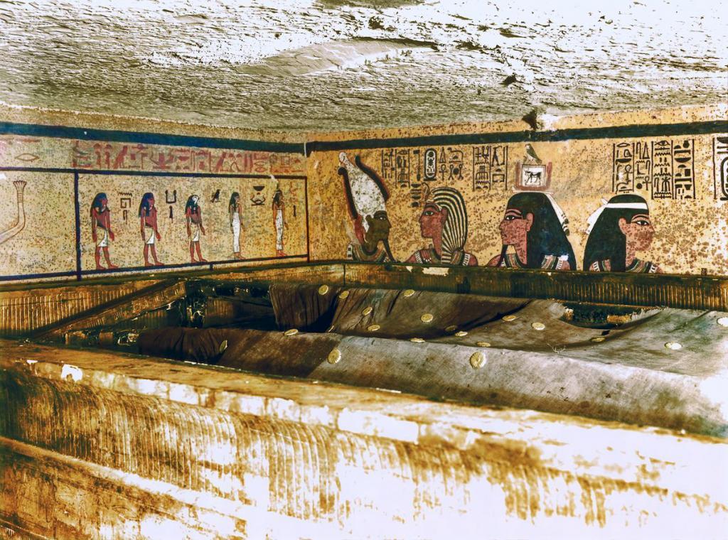 Otkrytie-grobnitsy-Tutanhamona-foto_16