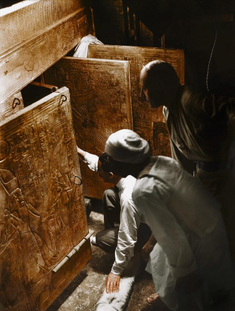 Otkrytie-grobnitsy-Tutanhamona-foto_2