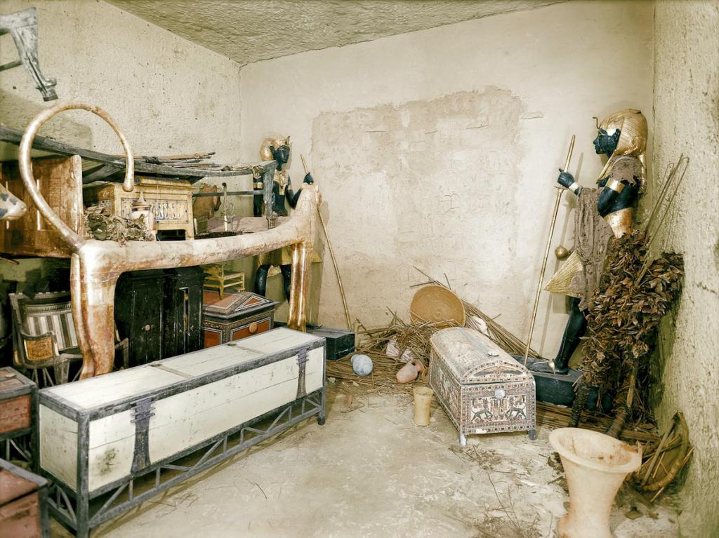 Otkrytie-grobnitsy-Tutanhamona-foto_4