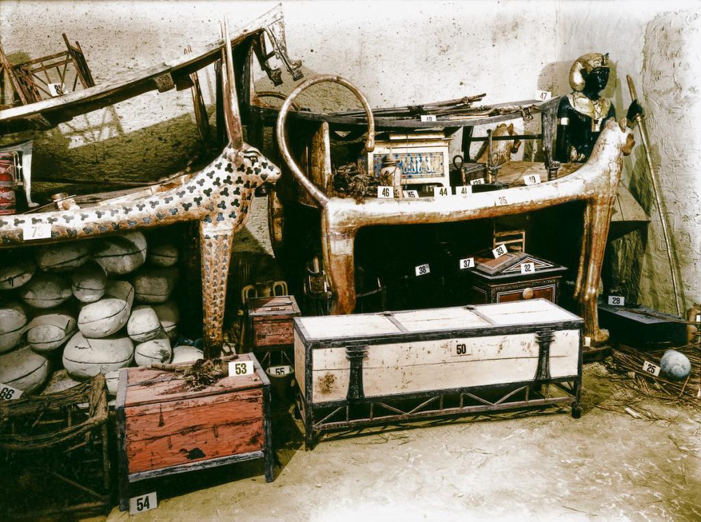 Otkrytie-grobnitsy-Tutanhamona-foto_6
