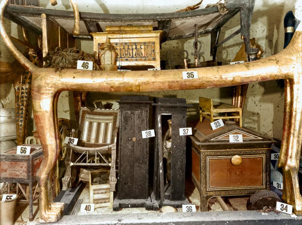 Otkrytie-grobnitsy-Tutanhamona-foto_7