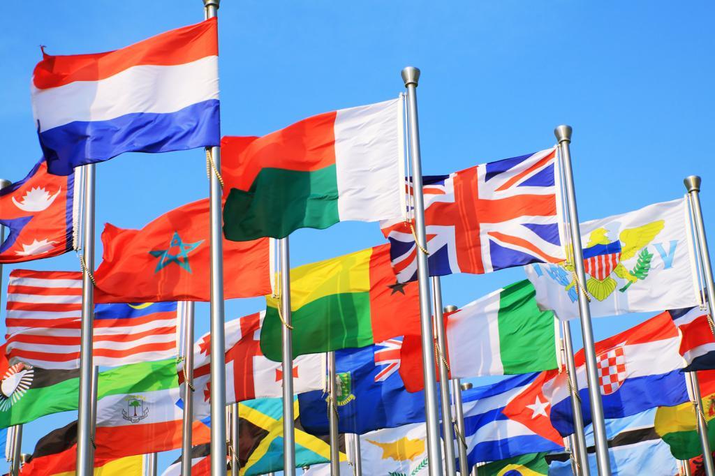24 флага стран мира и их истории