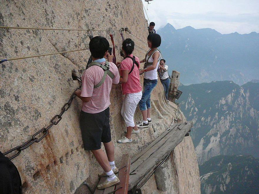 hikingtrail01
