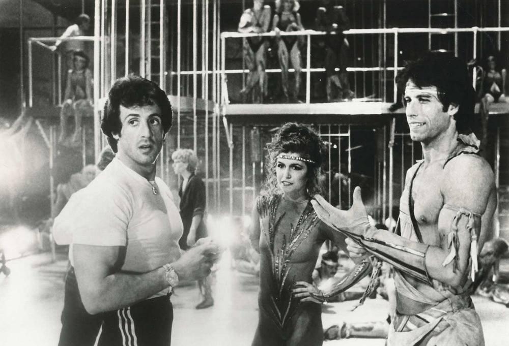 silvestr-stallone-finola-hjuz-i-dzhon-travolta-na-semkah-filma-ostatsja-v-zhivyh-1983-god