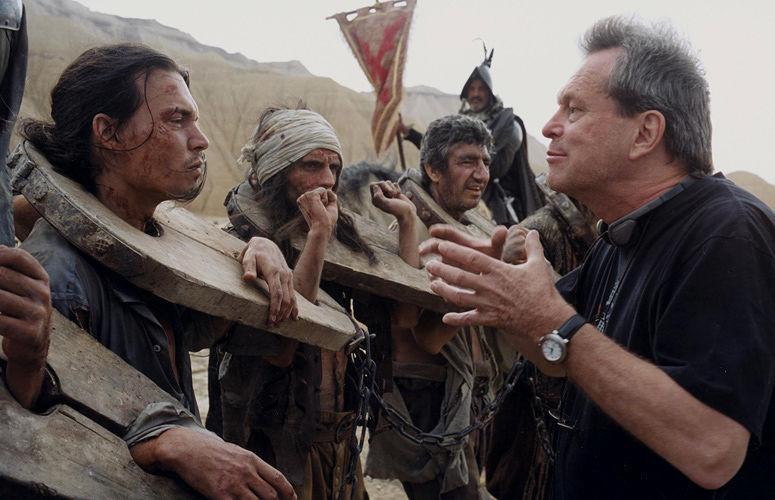 terry-gilliam-s-cursed-don-quixote-film-is-yet-again-put-on-hold-as-actor-john-hurt-batt-626913