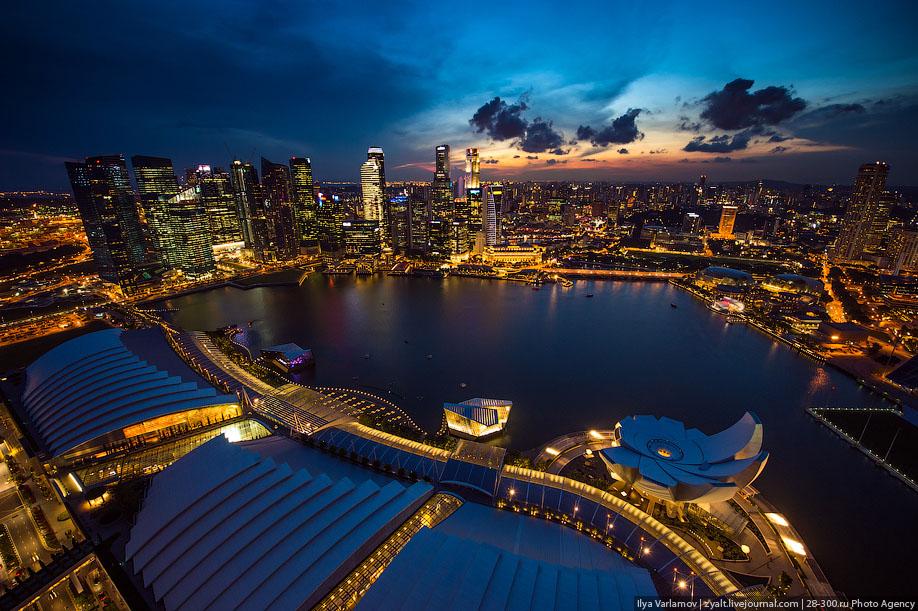 БАССЕЙН ПОД ОБЛАКАМИ: MARINA BAY SANDS В СИНГАПУРЕ. 16